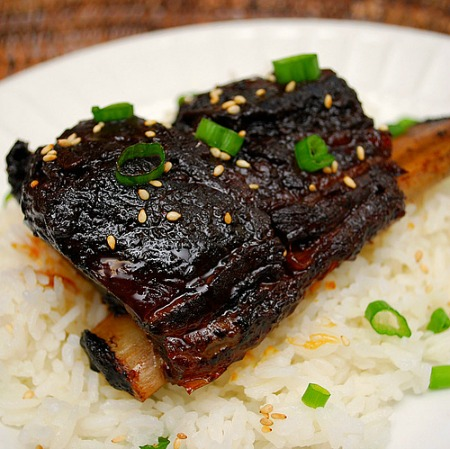 http://www.homemadeinterest.com/wp-content/uploads/2014/08/Korean-Style-Short-Ribs-Crockpot-.jpg