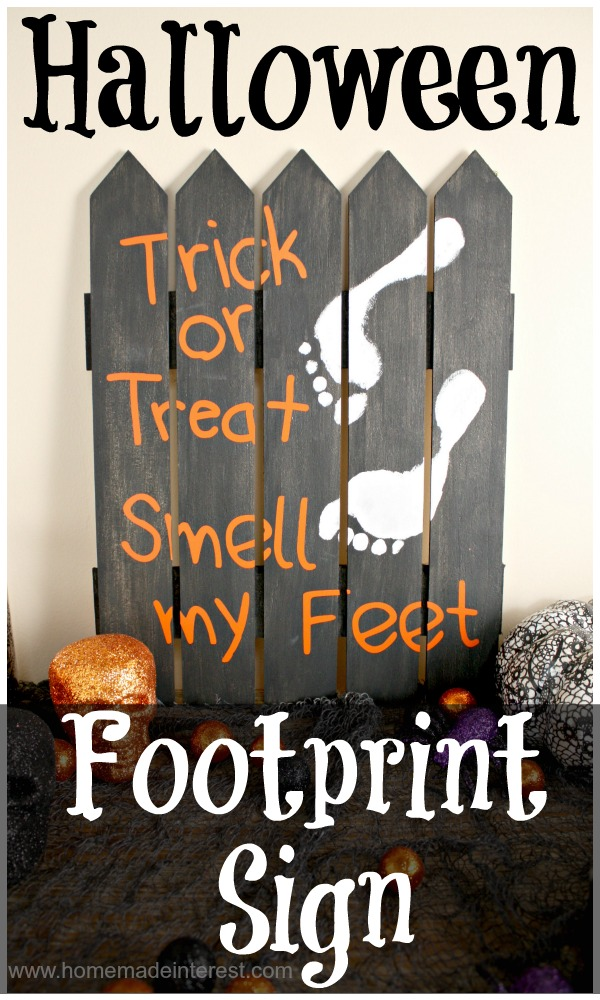 Halloween Footprint Sign by Homemade Interest