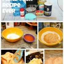 Homemade Playdough Recipe {www.homemadeinterest.com}