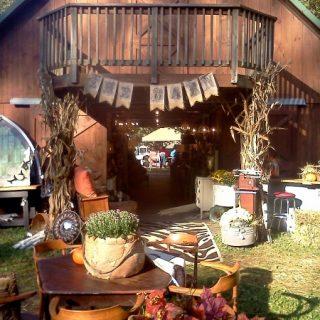The Barn Show {www.homemadeinterest.com}