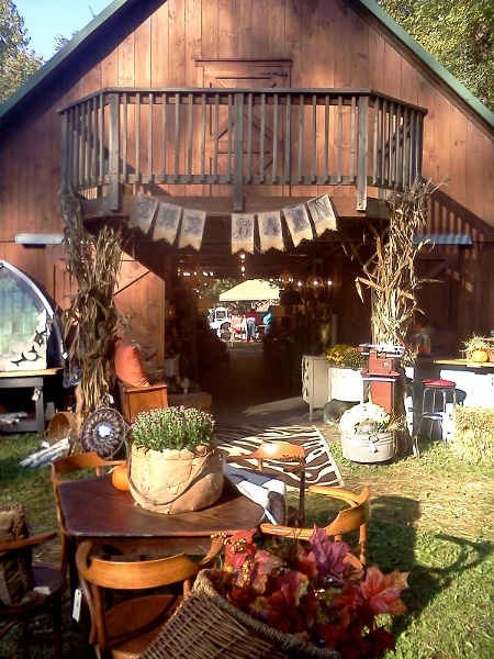 The Barn Show {www.homemadeinterest.com}
