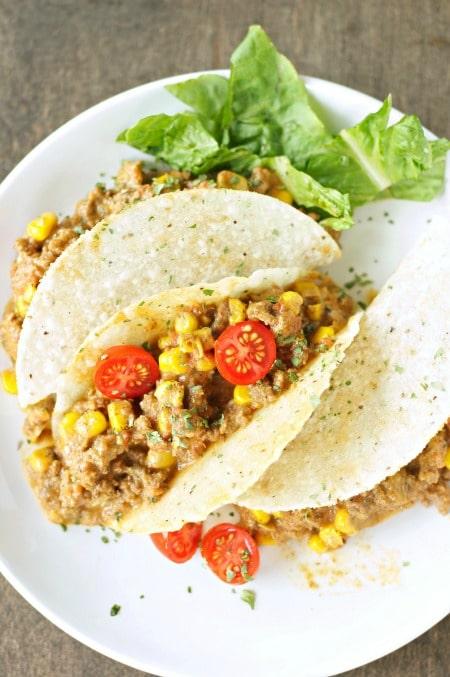 Crockpot-Cheesy-Beefy-Tacos