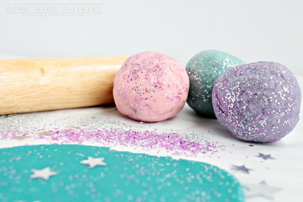 This glitter playdough is a fun activity for any kid but especially ones who love Frozen.