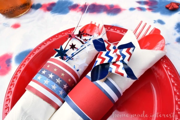 Simple tips and tricks for 4th of July food, drinks, decorations. Ideas for a simple 4th of July menu and decorations for a 4th of July party.