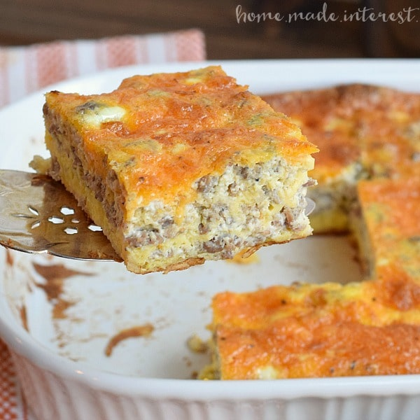 This easy Sausage and Egg Breakfast Casserole is made with crescent rolls, sausage, eggs and cheese, layered together. It is a simple brunch recipe, and perfect for Thanksgiving or Christmas breakfast.