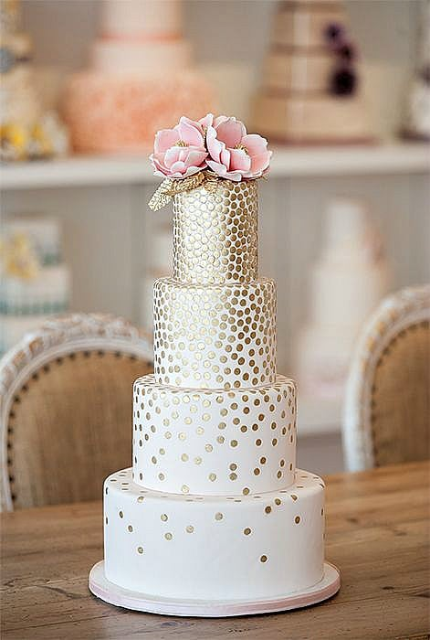 Beautiful Gold Leaf Wedding Cakes Ideas For Your Can Add Simple Elegance