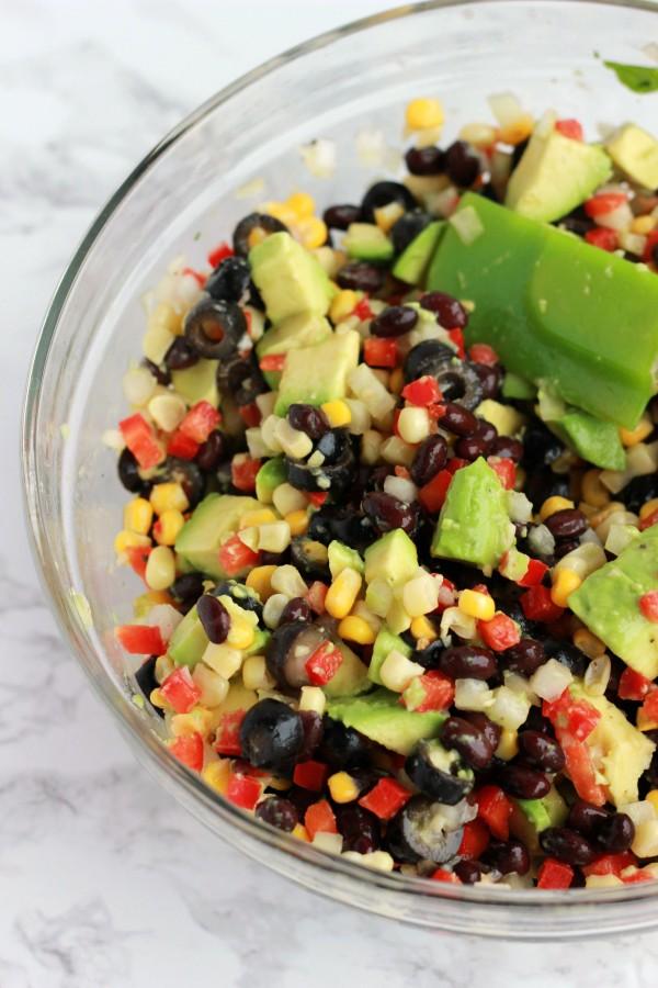 avocado-salsa-on-one-sweet-appetite