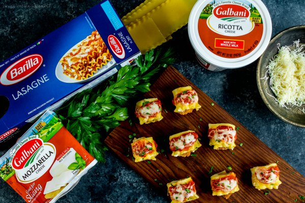 bite size appetizer platter of chicken parmesan lasagna roll ups