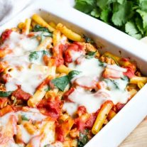 easy spinach baked ziti in casserole dish