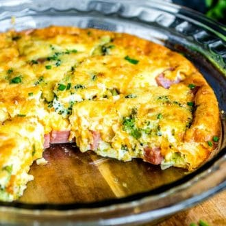 low carb crustless quiche with ham, cheese and broccoli