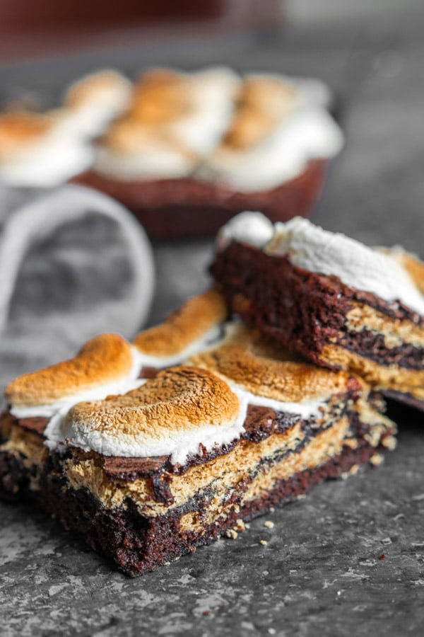 s'more brownies with toasted marshmallows