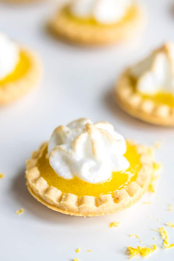 mini shortbread Lemon Curd Tartlets with meringue