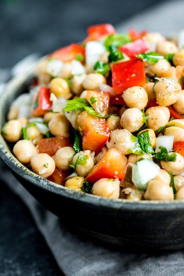 fresh Salada de Grao de Bico - Chickpea salad